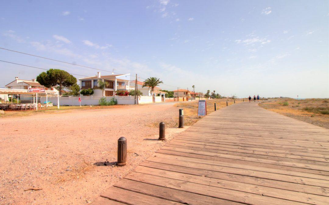 ¡Comienza la construcción de los espigones de la playa Casablanca de Almenara!